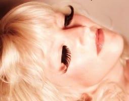 Single: Tracie Hunter - Junkman