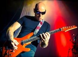 Joe Satriani announces November Tour