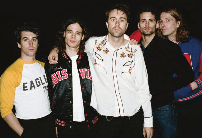 the vaccines tour